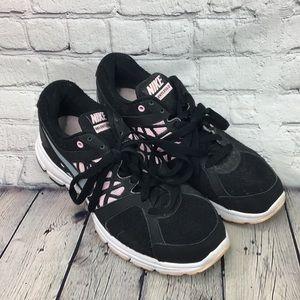 Nike relentless 2 tennis shoes size 9